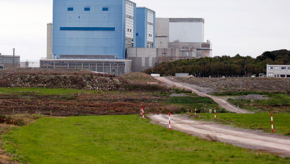 Bestehendes Atomkraftwerk Hinkley Point: Der benachbarte Neubau soll mindestens 31 Milliarden Euro kosten.