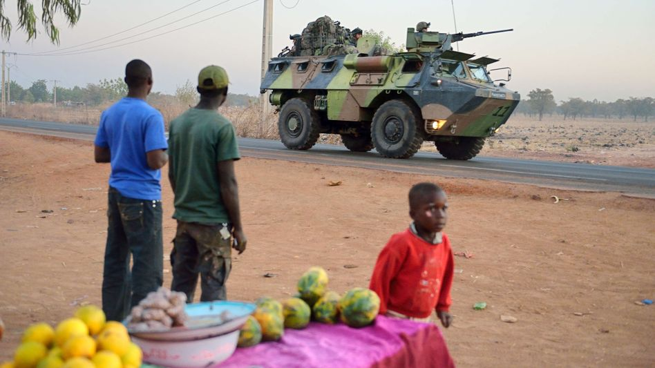 Französische Soldaten in Mali: Truppen werden verstärkt