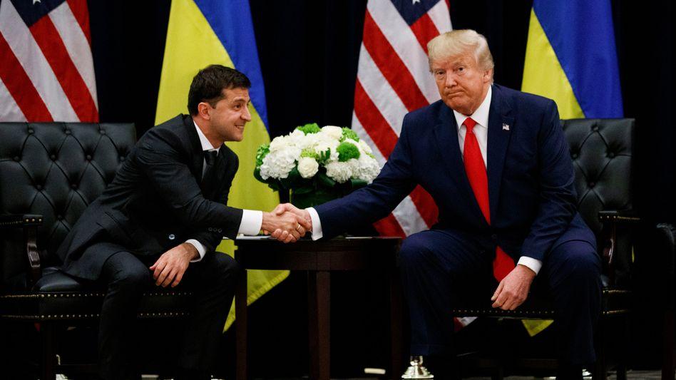 Trump, Selensky (bei der UN-Versammlung in New York): Nicht nur das Gesprächsprotokoll des Telefonats zwischen den beiden, sondern auch die Beschwerde eines Geheimdienstmitarbeiters soll publik gemacht werden