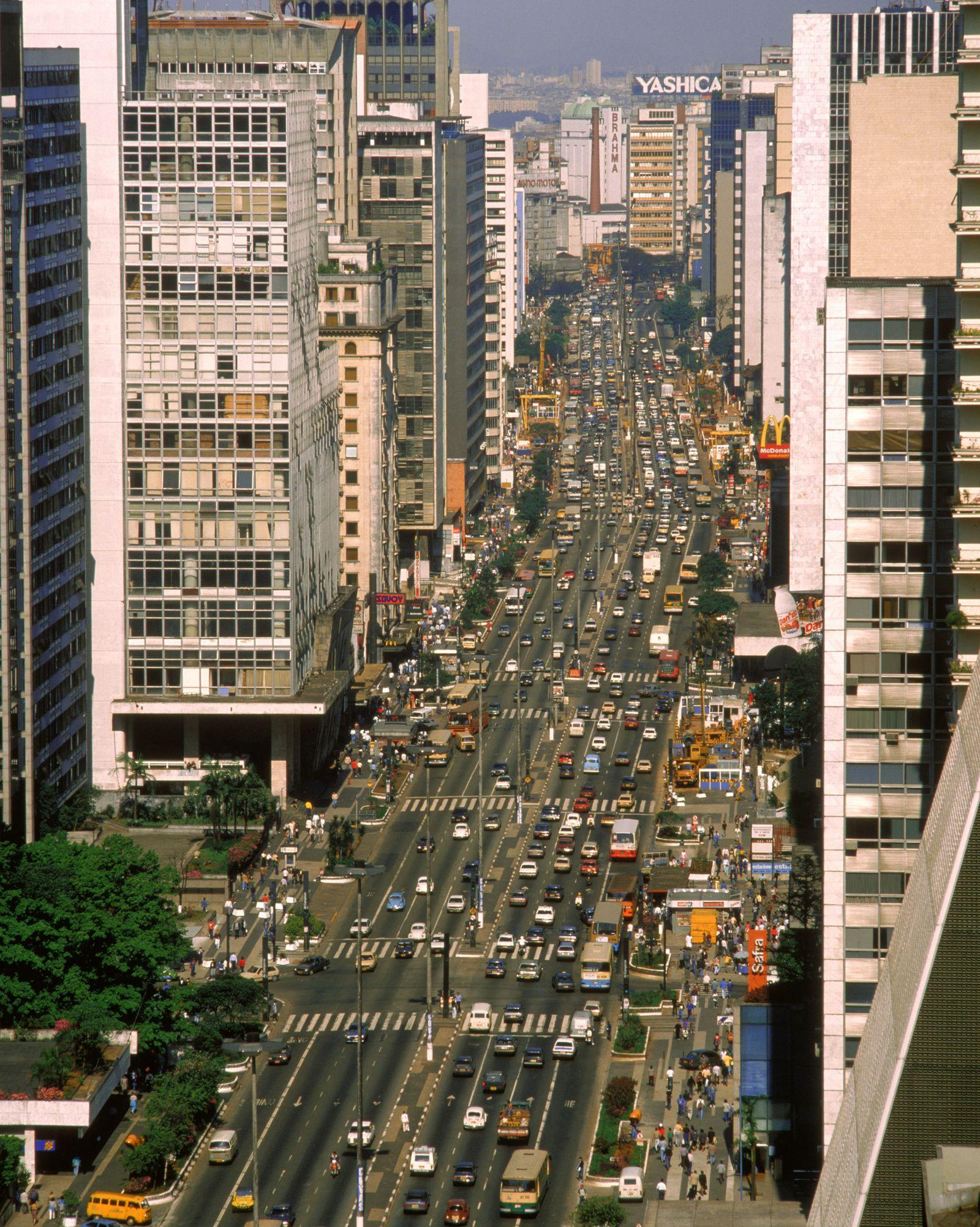 NICHT MEHR VERWENDEN! - Brasilien / Sao Paolo / Autos / Häuser / Verkehr