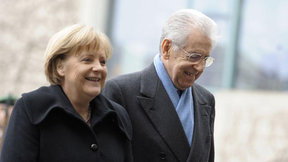 Lob und Anerkennung: Italiens Ministerpräsident Monti und Angela Merkel heute in Berlin