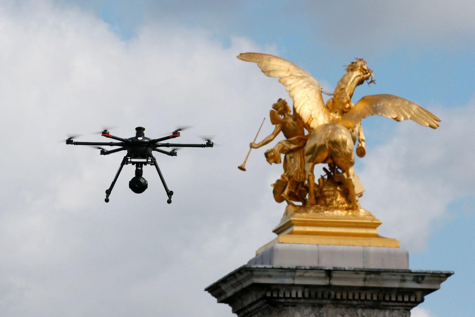 Paris Drohne /drone