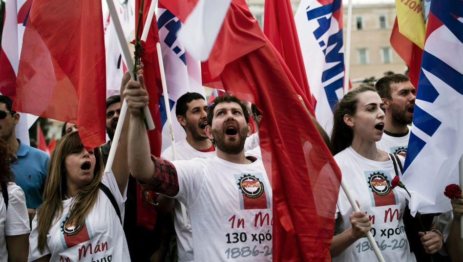 Proteste in Griechenland: Die Rentenkürzungen sind nur ein Teil des Sparpakets, um neue Milliarden von der EU zu bekommen