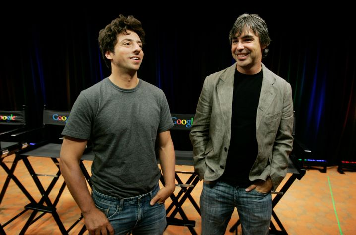 Sergey Brin und Larry Page: Das Foto zeigt die Google-Gründer im Jahr 2011 im kalifornischen Mountain View