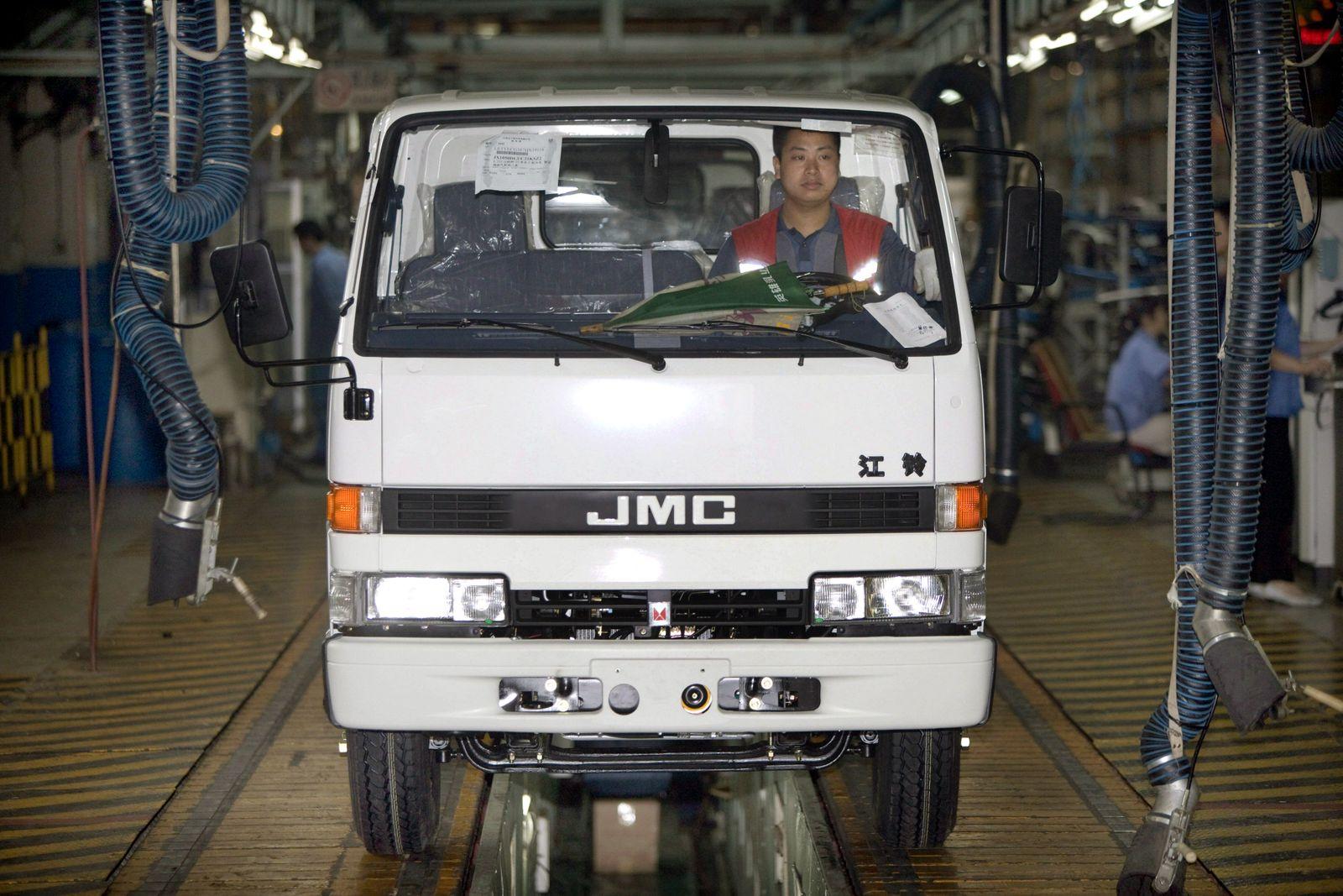 Kleintransporter-Produktion in China / Jiangling Motor Corporation / Jiangxi