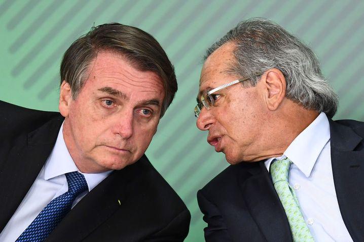 Bolsonaro mit Wirtschaftsminister Paulo Guedes