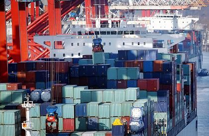 Streikopfer: Die Containerverladung im Hamburger Hafen