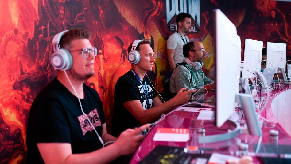 Besucher der Gamescom werden in diesem Jahr nur online teilhaben können.