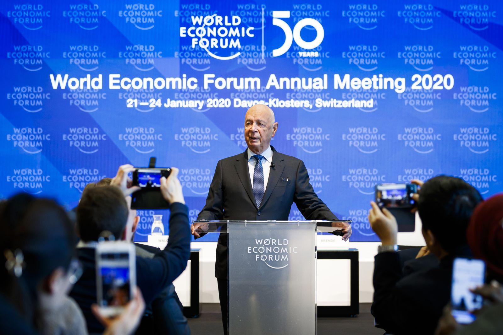 Pressekonferenz vor dem Weltwirtschaftsforum in Davos