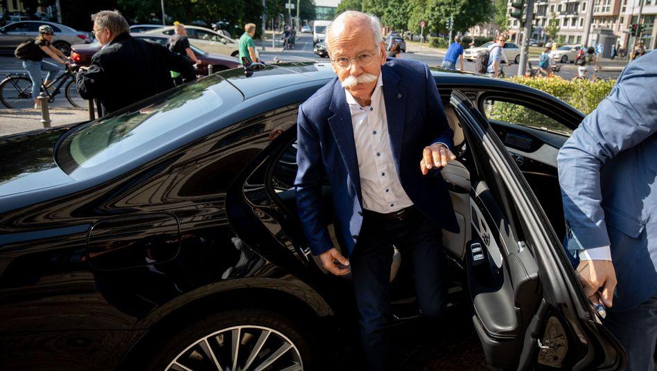 """Daimler-Chef Dieter Zetsche: Entwicklung des Aktienkurses nach Ansicht von Großinvestoren """"beschämend"""""""