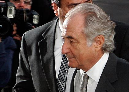 Bernard Madoff: Der Schaden seines jahrzehntelangen Betrugs beträgt bis zu 65 Milliarden Dollar