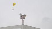 Greenpeace landet bei Tönnies auf dem Dach