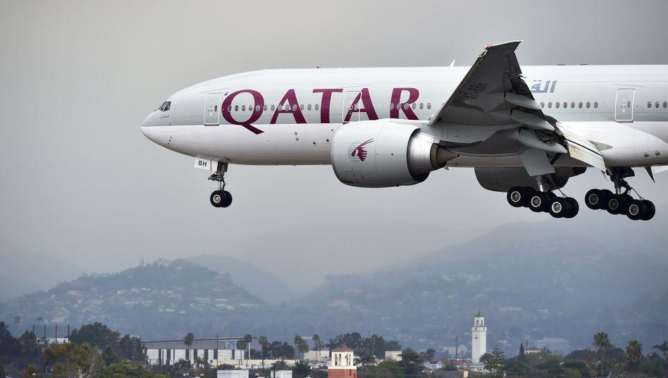 Qatar Airways: Die Golf Airline darf viele arabische Staaten derzeit nicht anfliegen