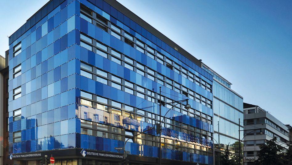 Der Deutsche Familienversicherung hat ihren Hauptsitz in Frankfurt am Main