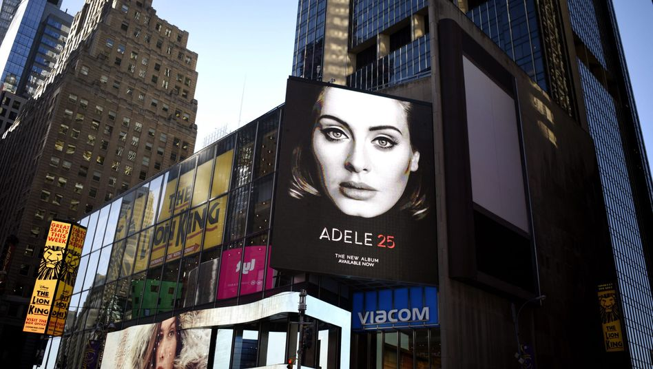 """Apple Music und Spotify hatten das Nachsehen: Adeles sperrte ihr erfolgreiches Album """"25"""" für Streaming-Dienste"""