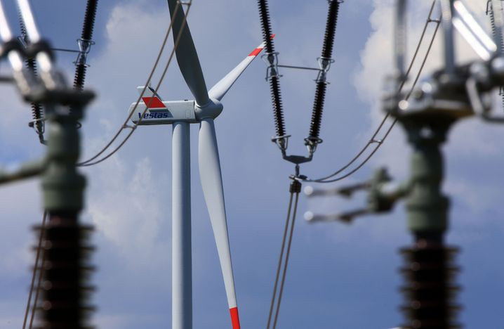 Mehr Windräder, mehr Stromtrassen: Investoren bauen Windparks - um den Rest kümmern sich andere