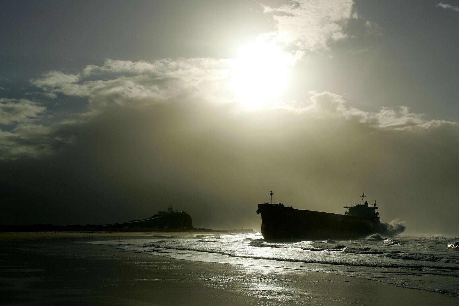 Massengutfrachter / Kohlenschiff / Schiff und Ladung / Handel