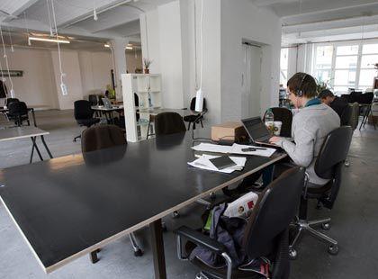 Büros nach Gusto: Wer einen Schreibtisch braucht, kann ihn sich in Bürogemeinschaften mieten