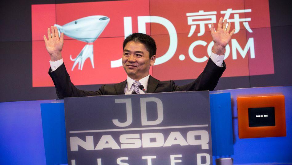 JD.com-Chef Richard Qiangdong Liu beim Börsengang an der Nasdaq