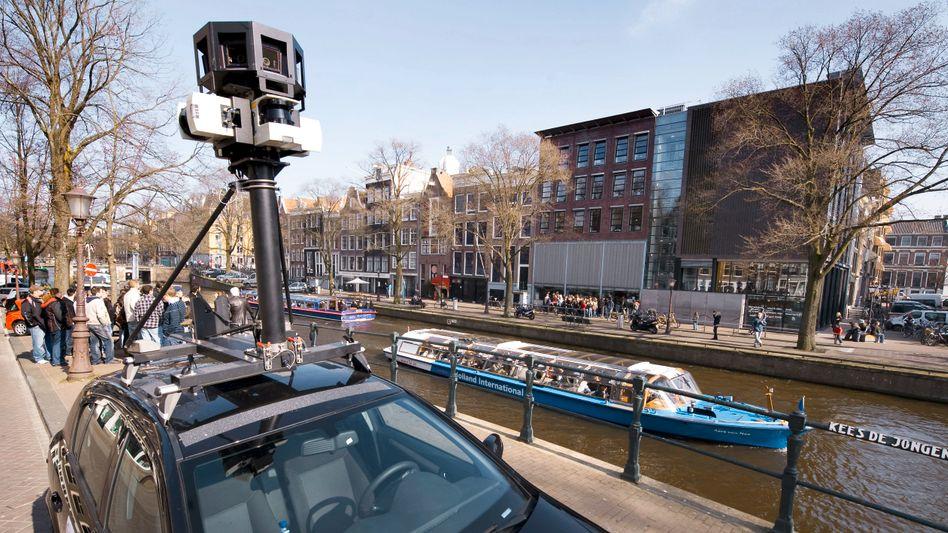 Street-View-Wagen in Amsterdam: Google fotografiert die Gegend