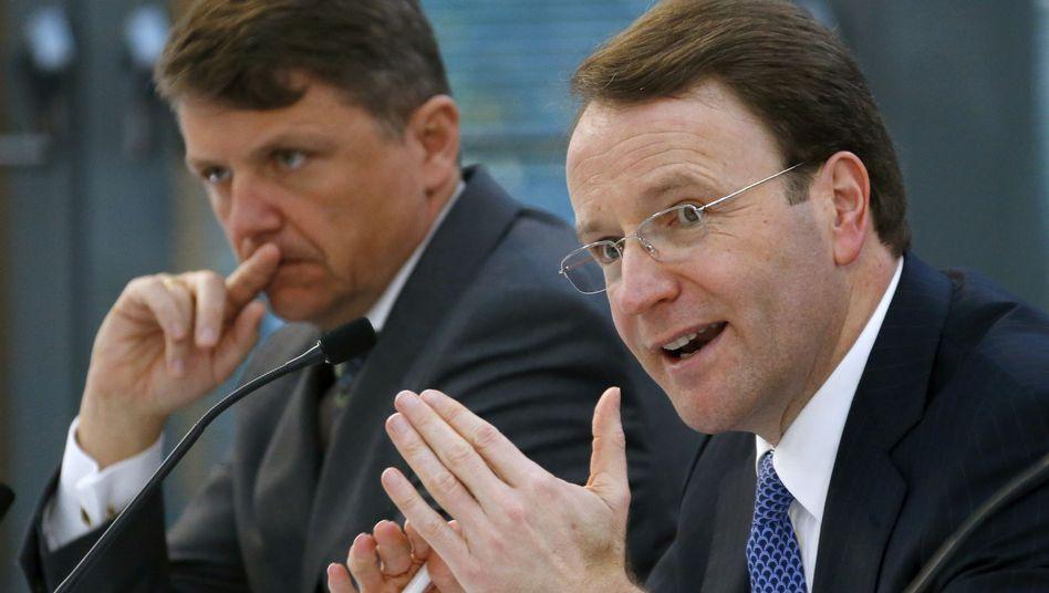 Ulf Schneider (r.), Chef des Gesundheitskonzerns Fresenius gibt sein Amt überraschend auf. Der Finanzvorstand Stephan Sturm (l.) übernimmt.