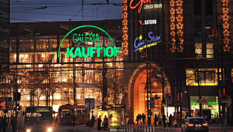 Strahlt: Galeria Kaufhof in Chemnitz.