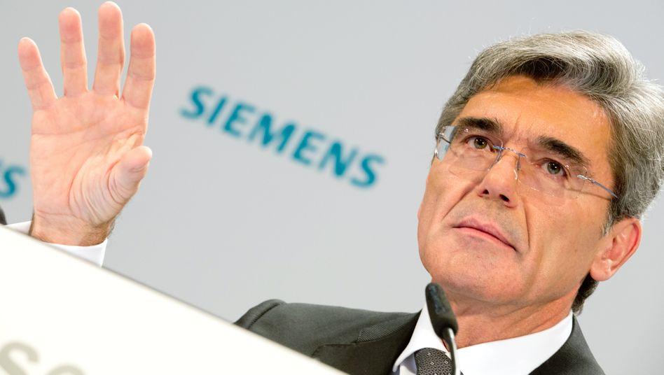 Siemens-Chef Joe Kaeser: Trotz eines Auftragsschubs im Weihnachtsquartal rechnet Kaeser für das laufende Geschäftsjahr mit stagnierenden Einnahmen