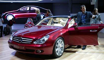 Batteriesteuerung und Bremsen werden getauscht: Mercedes-Modell CLS