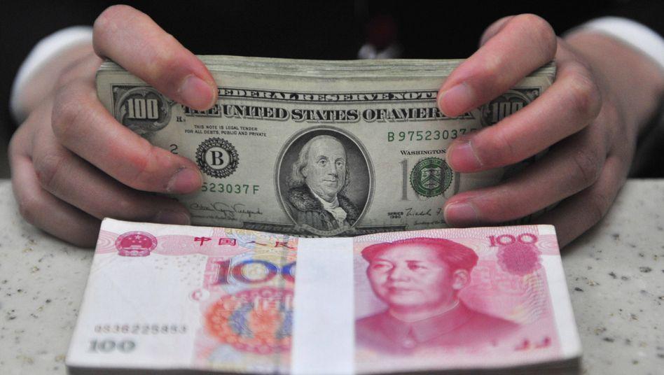 Doppelstrategie: China hilft indirekt, den Dollar niedrig und den Euro-Kurs hoch zu halten