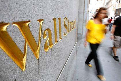 Kampf gegen die Rezession: Der Dow Jones schließt fester