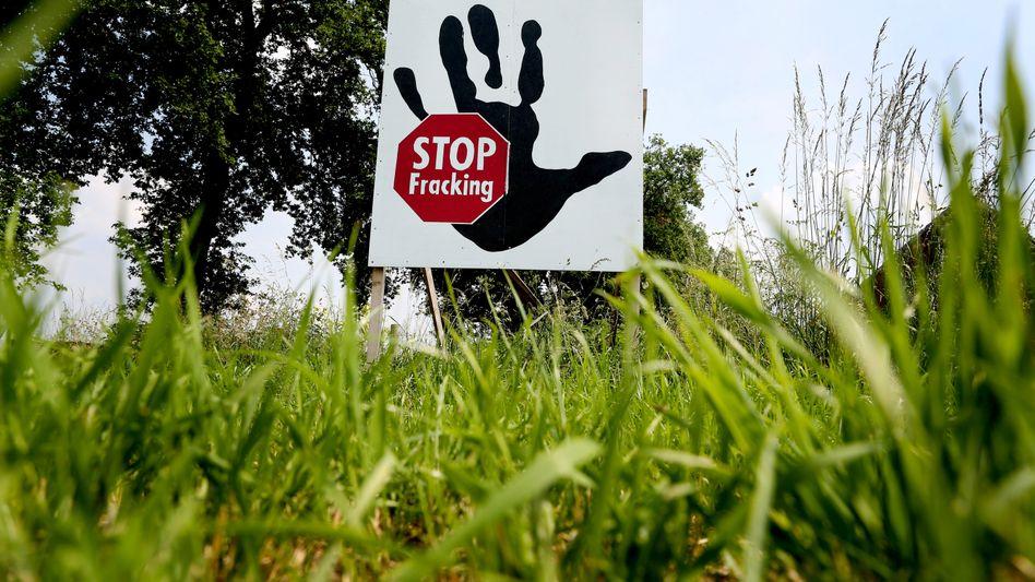 """Ausgebremst: Das Umweltbundesamt will die Anforderungen an den Trinkwasserschutz so verschärfen, dass Fracking """"auf absehbare Zeit in Deutschland ausgeschlossen ist"""", wie ein Sprecher des Amtes sagte"""
