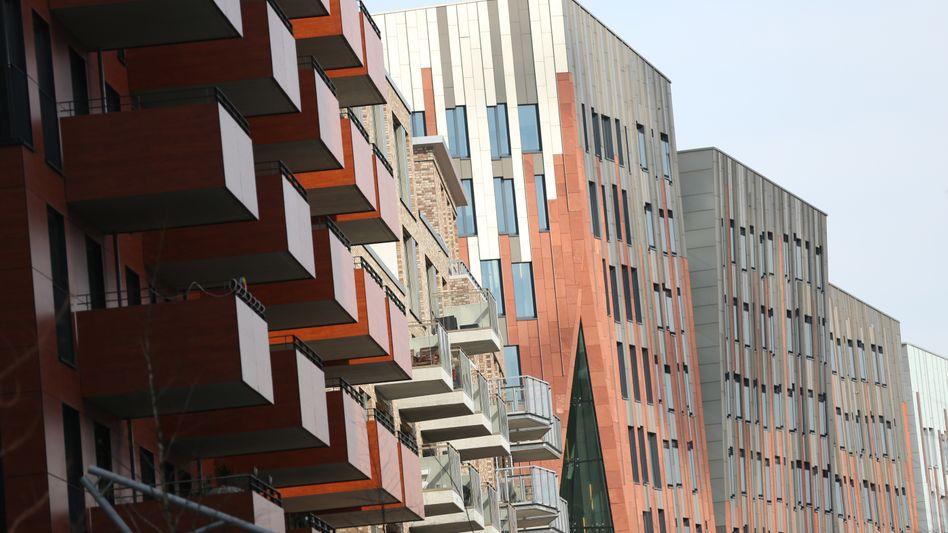 Wohn- und Geschäftshäuser in der Hamburger HafenCity: Auf der Suche nach renditestarken Anlagen schaut so mancher nicht mehr so genau hin, wohinein er da eigentlich investiert