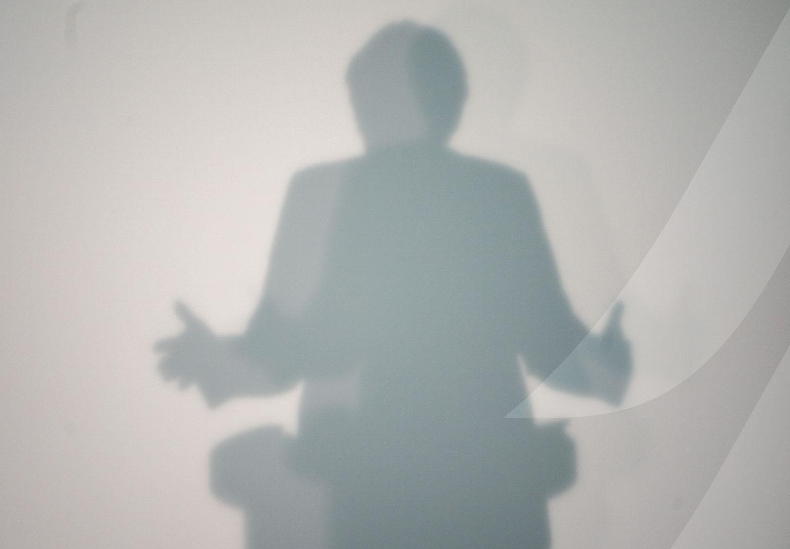 Schatten von Bundeskanzlerin Angela Merkel