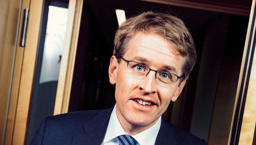 Daniel Düsentrieb:Nächstes Jahr könnteDaniel Güntherauch in Berlin sehr wichtig werden