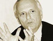 Wirtschaftsprüfer Dr. Bernd Rödl ist Geschäftsführender Partner der Prüfungsgesellschaft Rödl & Partner. Das Unternehmen ist unter anderem mit der Sonderprüfung der Comroad-Bilanzen beauftragt, die jetzt auch auf die Jahre 1999-2000 ausgeweitet wird.