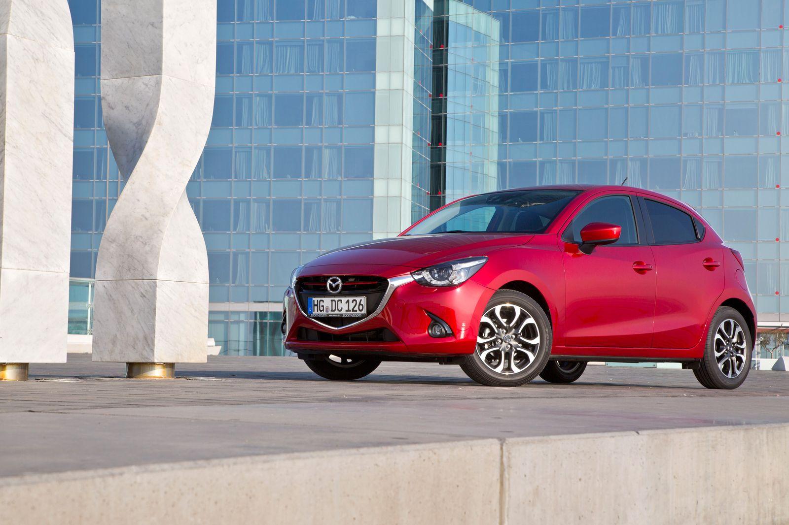 2014 / Mazda 2