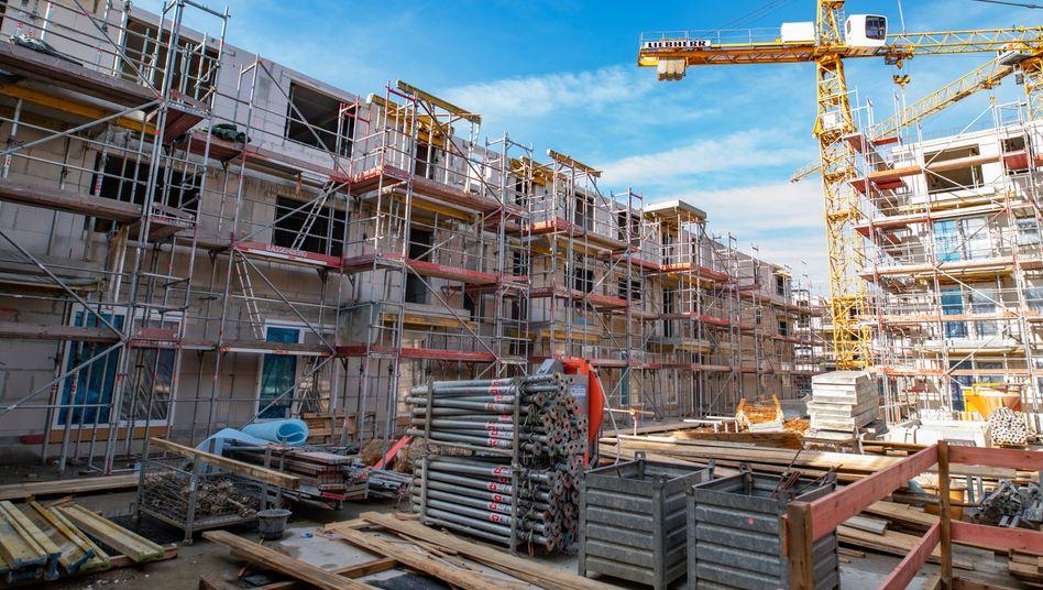 Wohnungsbau in Hamburg: Die Behörden erteilten im Mai bundesweit mehr Genehmigungen für den Bau oder Umbau von Wohnungen.