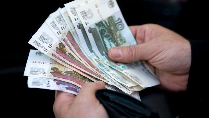 Währungsverfall und Ölpreis: Warum der Rubel abschmiert