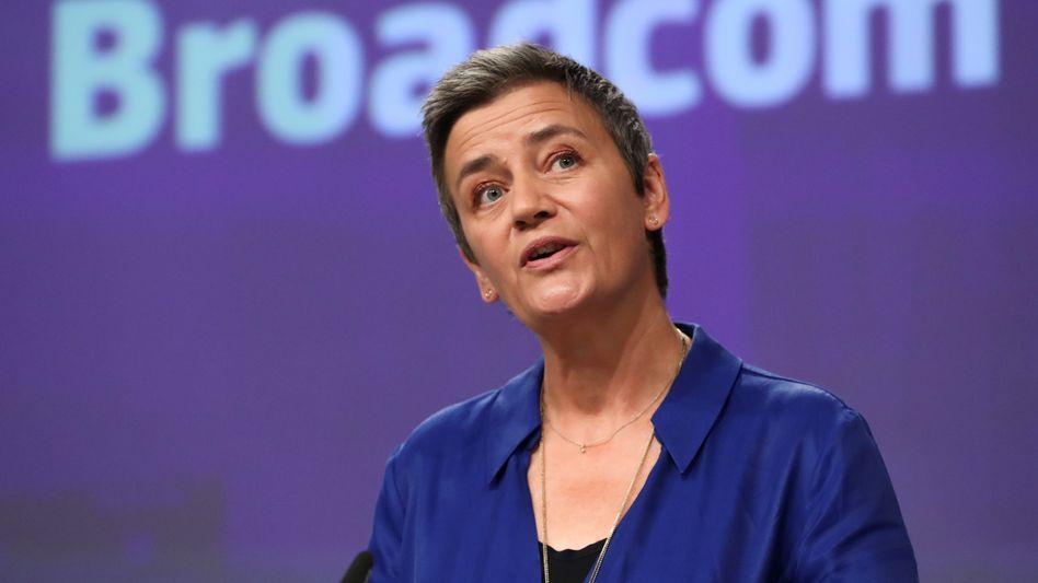 EU-Wettbewerbskommissarin Margrethe Vestager hat Apple auch wegen seines Bezahldienstes Apple Pay und wegen seines App Store im Visier.