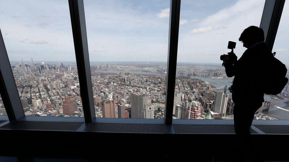 Blick aus Wolkenkratzer auf New York: Nicht alle Immobilienkäufer sind seriös