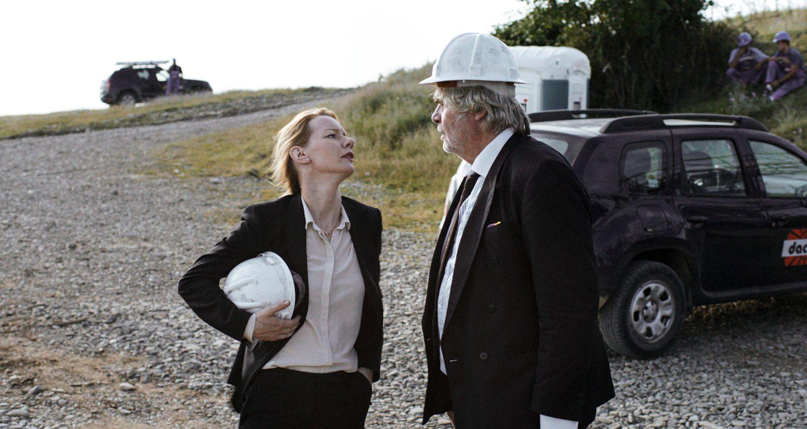 Komplizen Film DR TONI ERDMANN de Maren Ade 2016 ALL AUT avec Sandra Huller et Peter Simonische