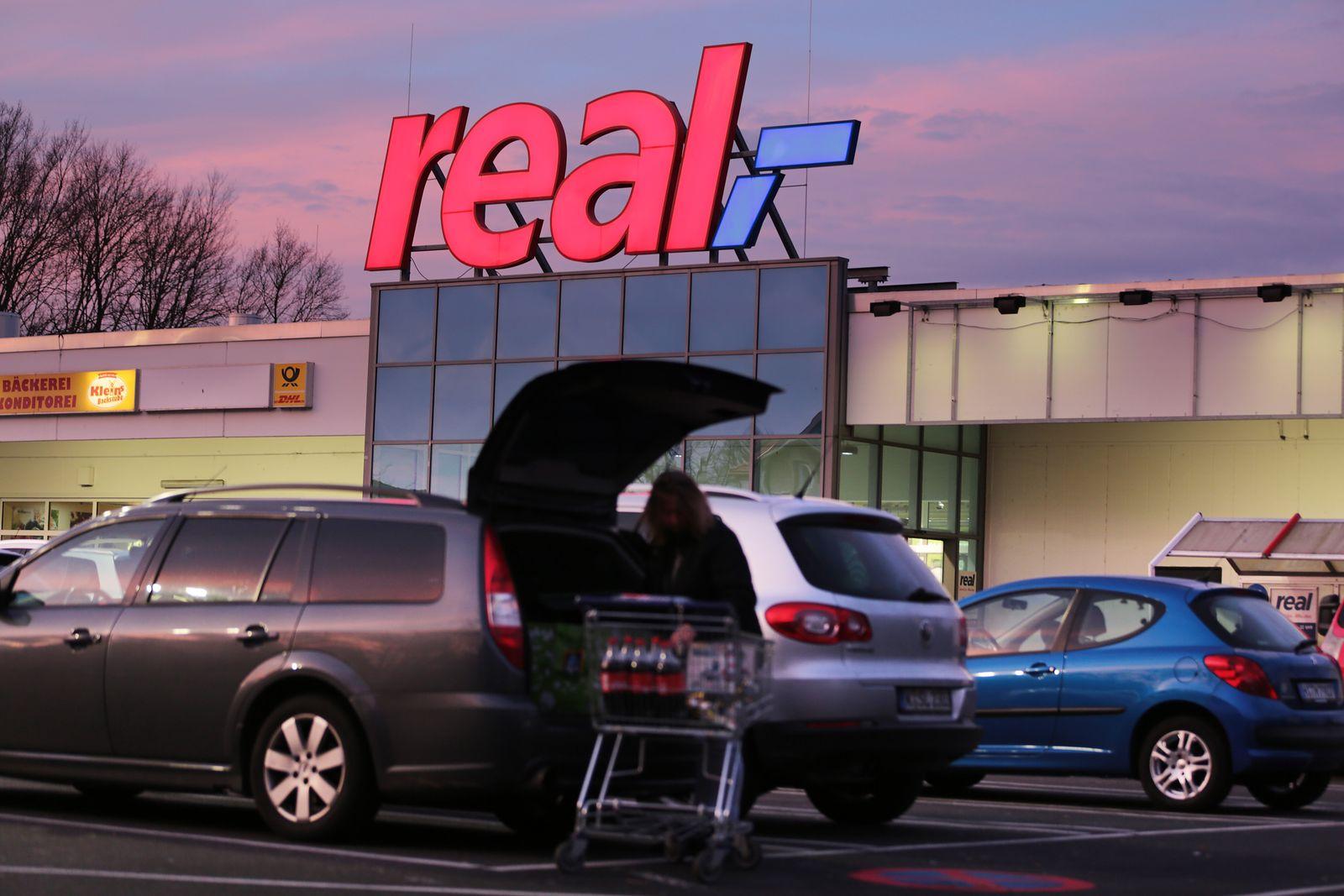 Real Supermarkt in Köln