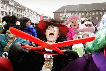 Weiberfastnacht: Die Börse Düsseldorf empfiehlt, das Marktgeschehen für ein paar Tage nicht ernst zu nehmen