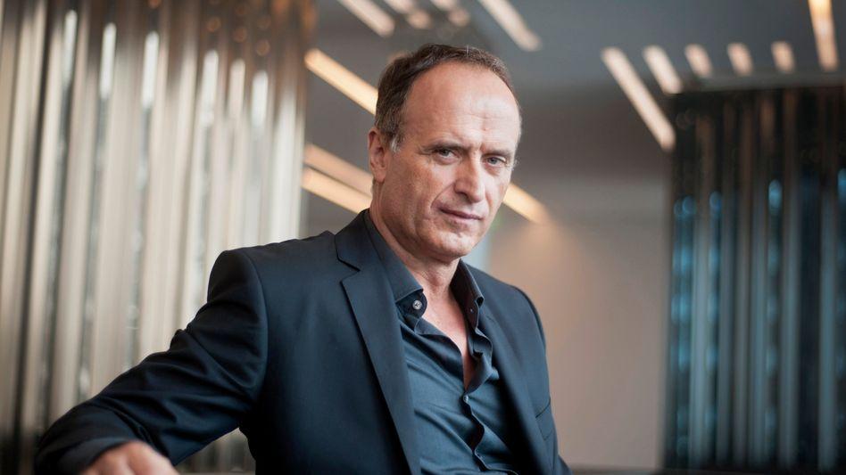 Bruno Sälzer: Der Modemanager sucht nach seinen Erfahrungen bei Boss und Escada jetzt bei Bench neue Herausforderungen
