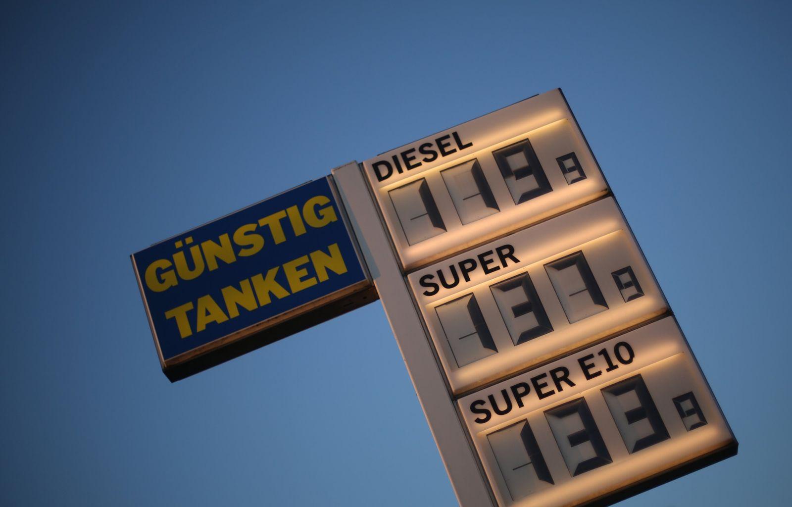 Tankstelle / Benzinpreis