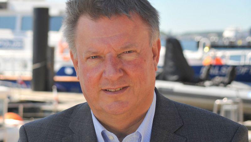 Dirk Lindenau