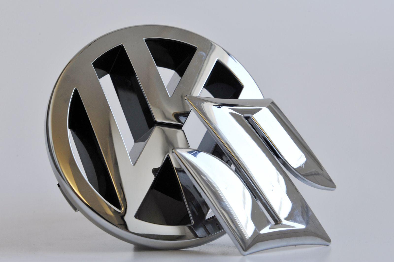 VW/ Suzuki/ Logos