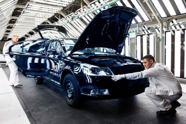 """Volkswagen-Werk in Kaluga: VW-Chef Winterkorn stört """"das momentane Riesengewitter"""" um mögliche Wirtschaftssanktionen"""