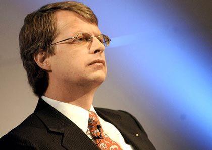 Peter A. Wuffli Group-CEO UBS Gesamtbezüge 2003: 13,91 Mio. Euro (Platz 2 im Stoxx) Wertschaffung: 20,9 Prozent* * Durchschnitt im Stoxx: 13,8 Prozent