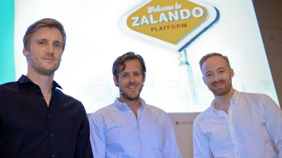 Die Vorstandsmitglieder der Zalando SE: David Schneider, Robert Gentz und Rubin Ritter (v.l.)